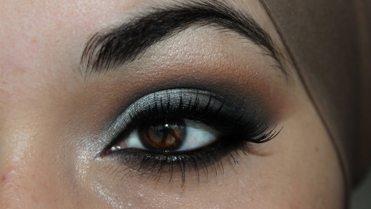 ... Makeup For Brown Eyes: Tutorials and Ideas silver smokey eye makeup for brown eyes tutorials