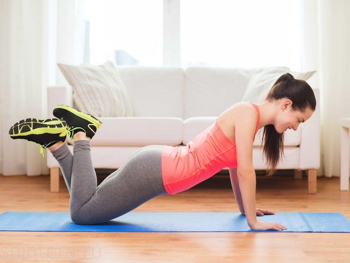 упражнения на гимнастическом коврике
