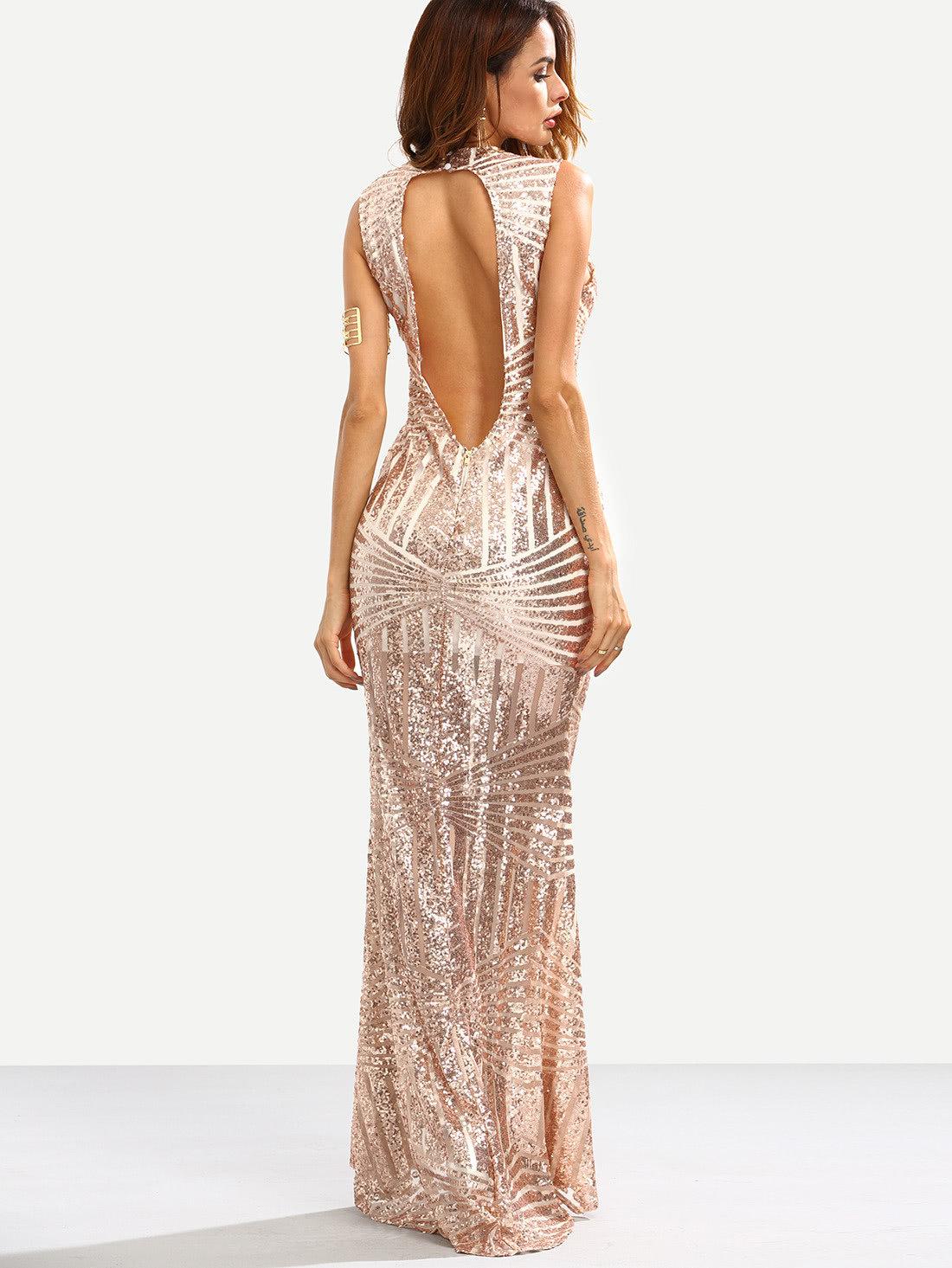 d286416ab16c435 Вечерние платья с открытой спиной 2018 можно условно разделить на длинные и  короткие. В первом и втором случае они похожи размерами выреза на спине.
