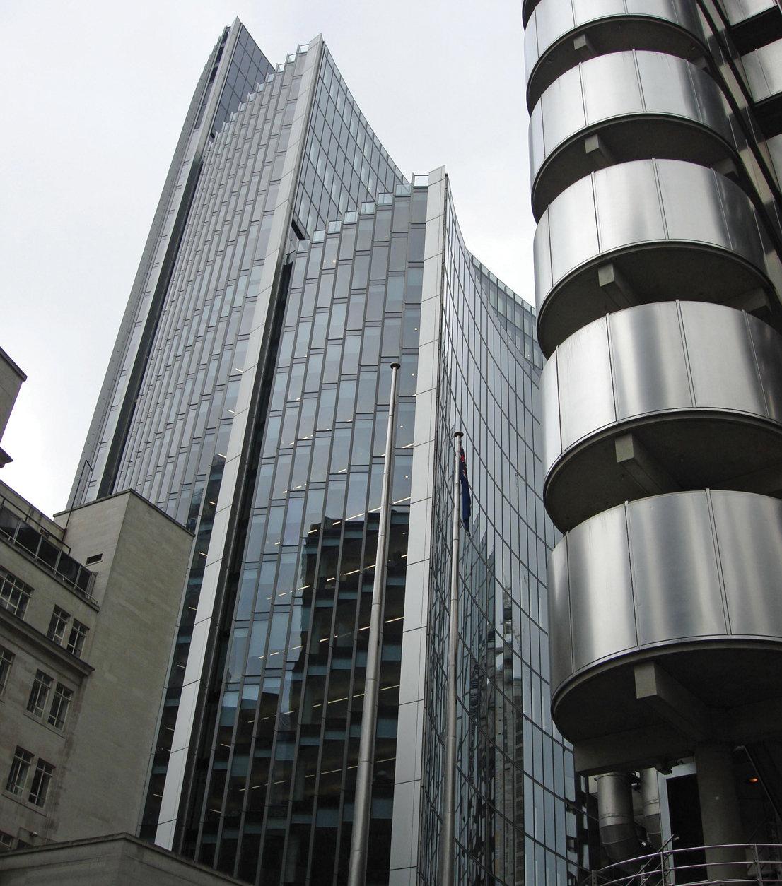 высотные здания фото