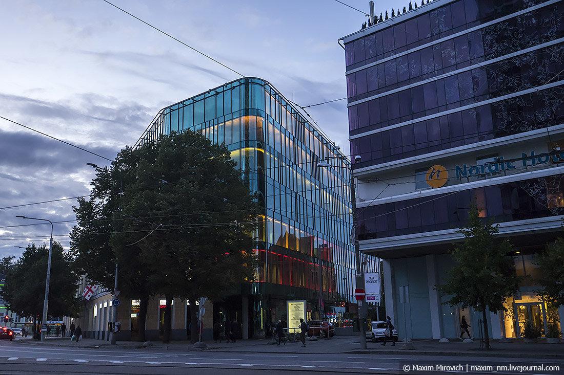офисное здание фото