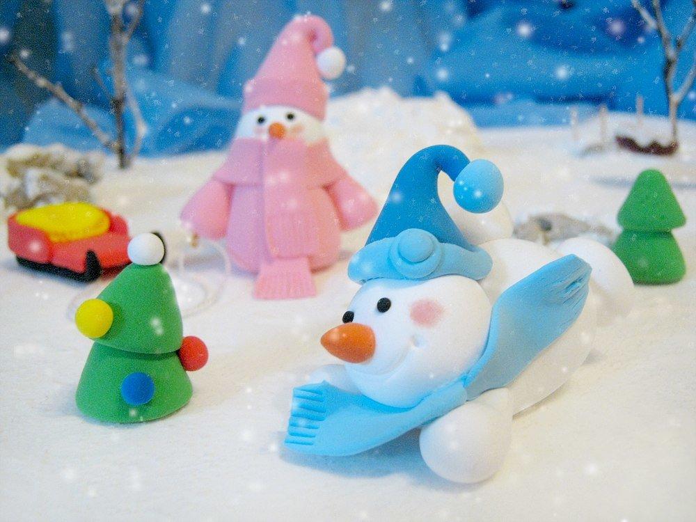 Рисунки и картинки снеговиков уже