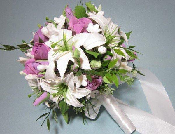 знали, букеты из лилий и роз своими руками екатеринбурге рамках