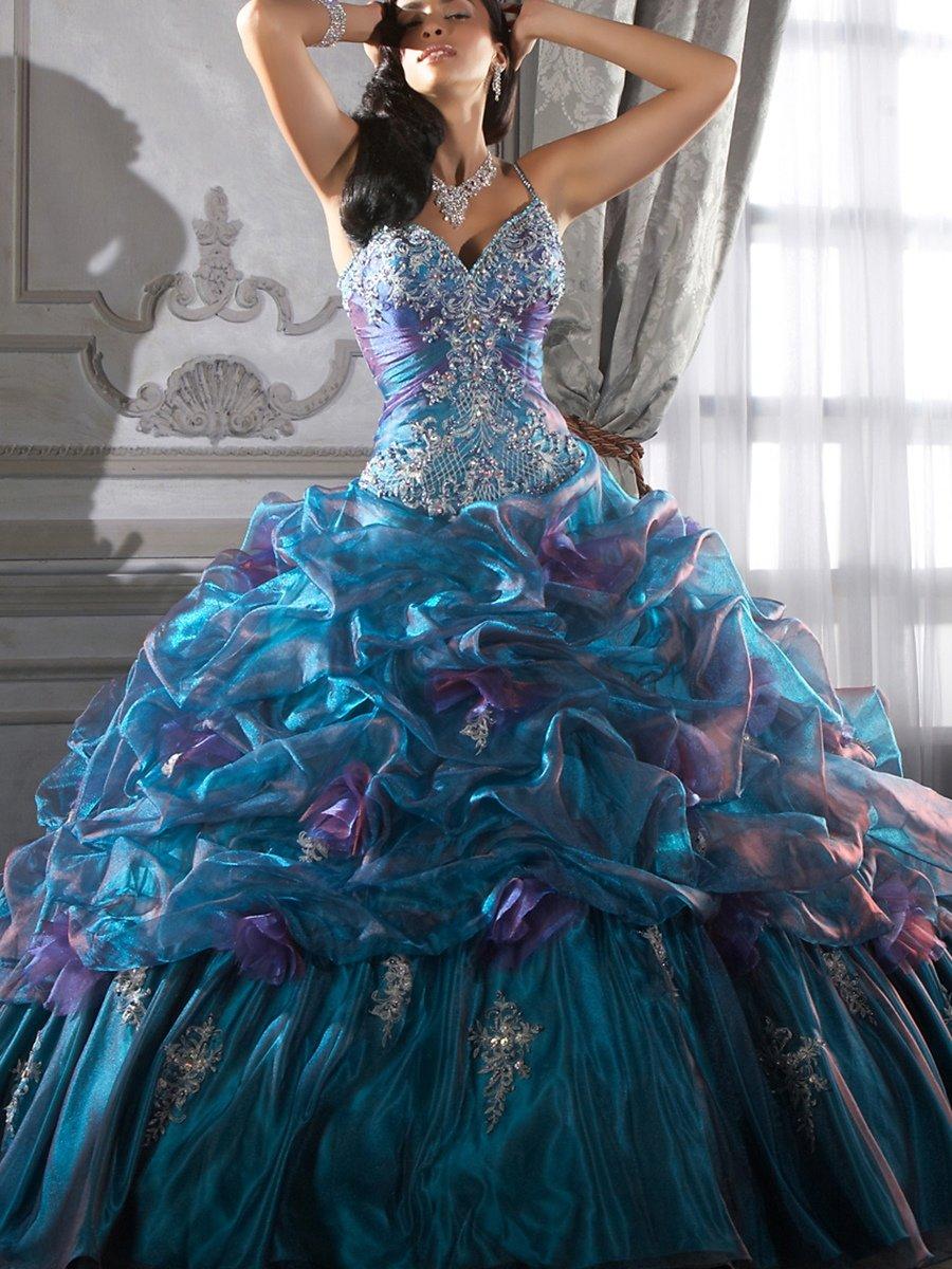 Самые красивые картинки бальных платьев