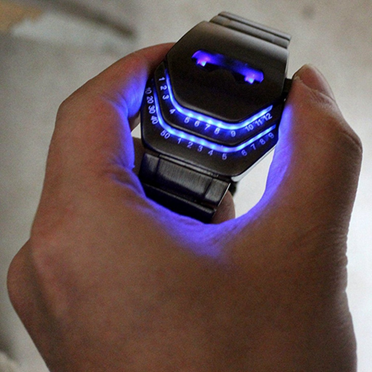 Soleasy Men S Peculiar Cool Gadgets Interesting Amazing Snake Head Design Blue Led Watches Wth8021 Card From User Novmove In Yandex