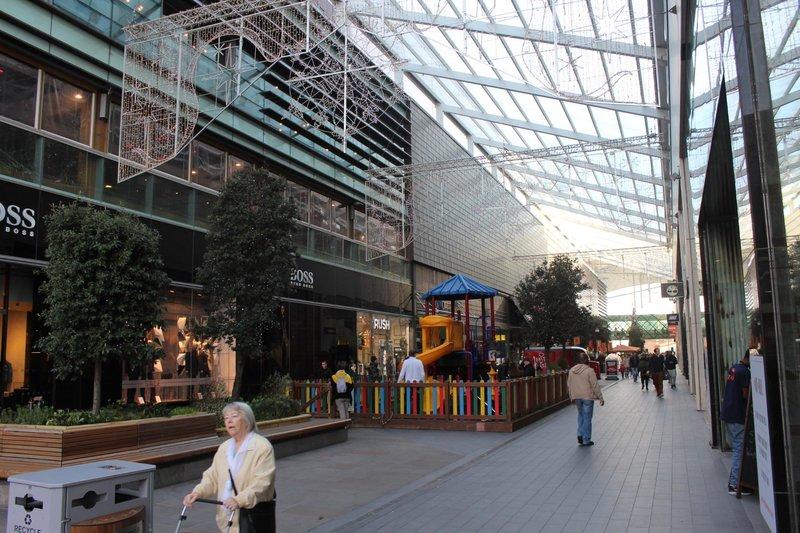 Westfield Stratford City, Лондон: интерьер