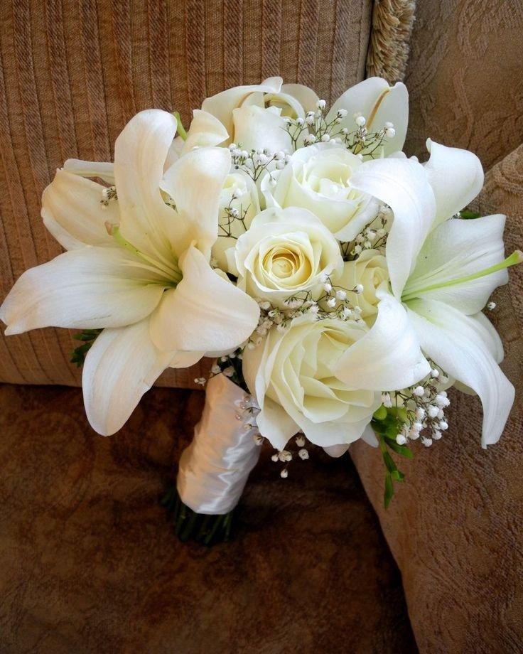 Букет для невесты из роз с лилиями