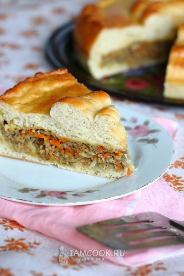 Рецепт пирог с капустой и рыбными консервами
