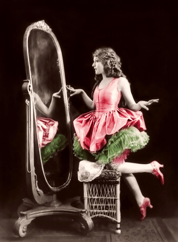 Люблю, прикольные картинки с женщинами в зеркале