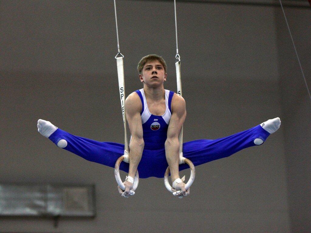 фото атлетичных гимнастов трахается