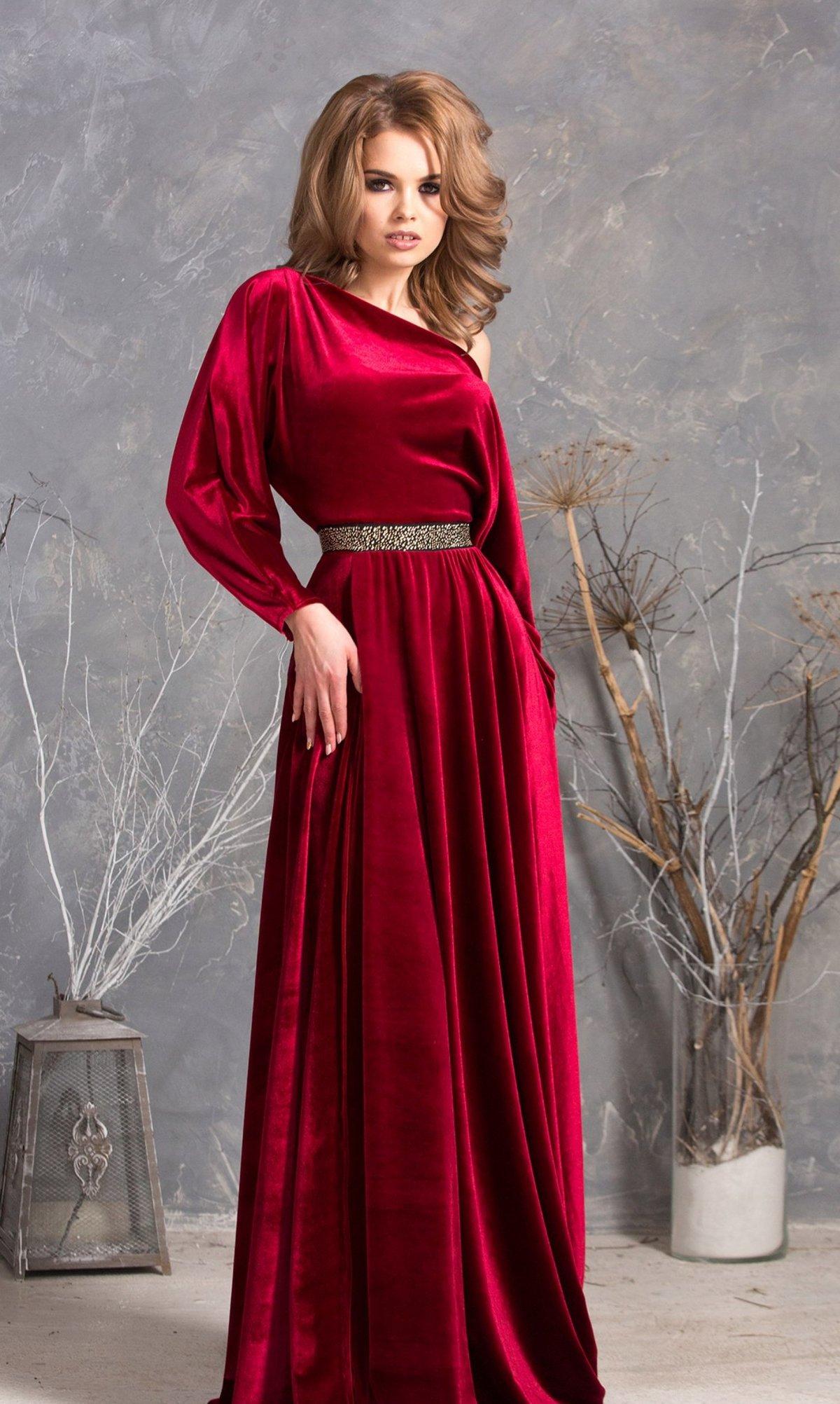 Вечерние платья из велюра в пол фото