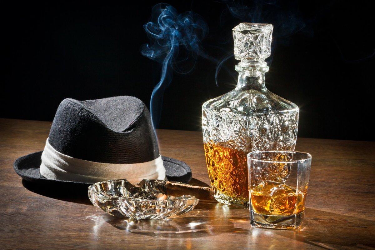 Картинка с днем рождения мужчине виски, про