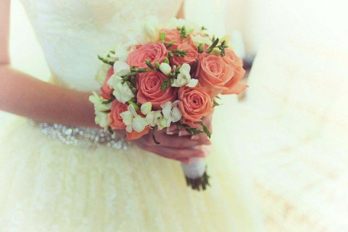 Экзотические, самые маленькие свадебные букеты фото