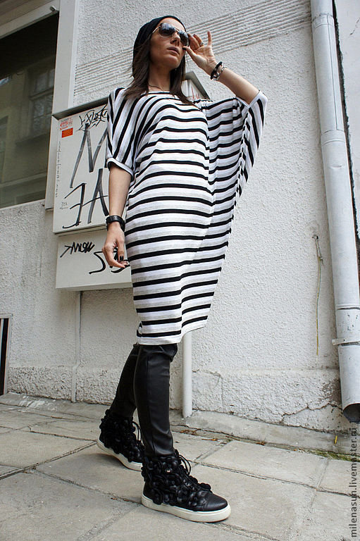 eb8d3353ef0 ... Купить или заказать Полосатая туника-платье Assymetric в интернет  магазине на Ярмарке Мастеров. С