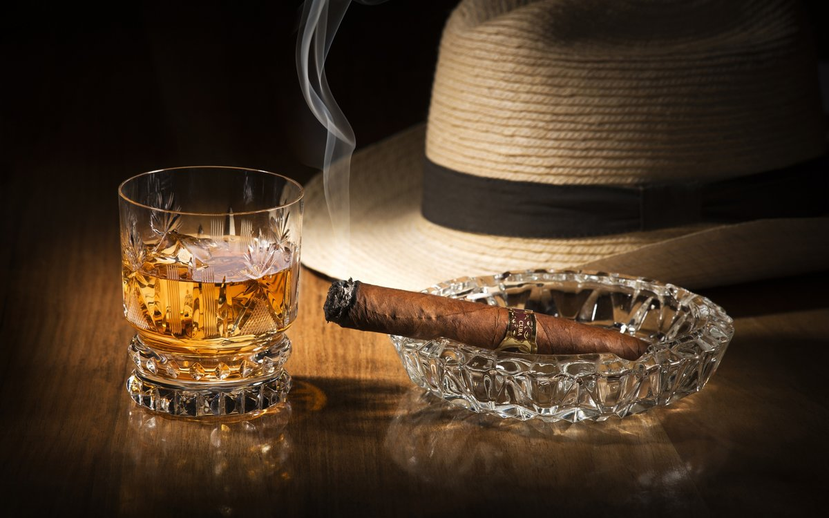 Картинка с днем рождения мужчине виски