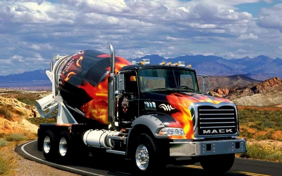 картинки крутых грузовиков мальчику подходили