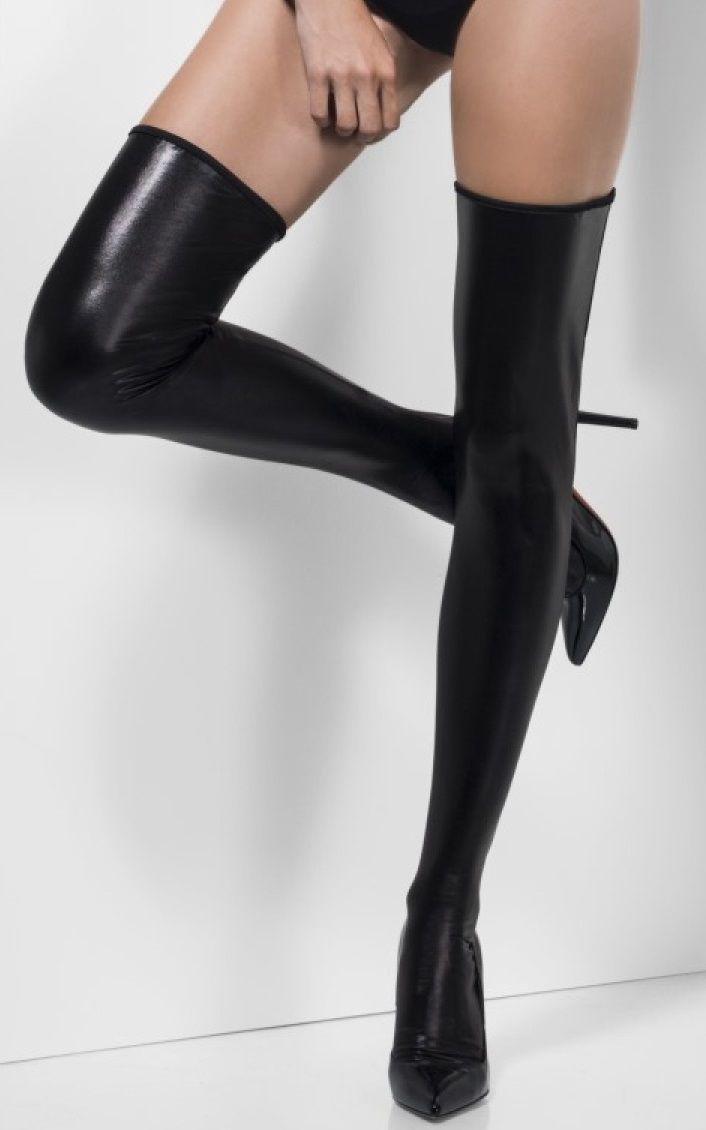 Фото высокие черные чулки переводом