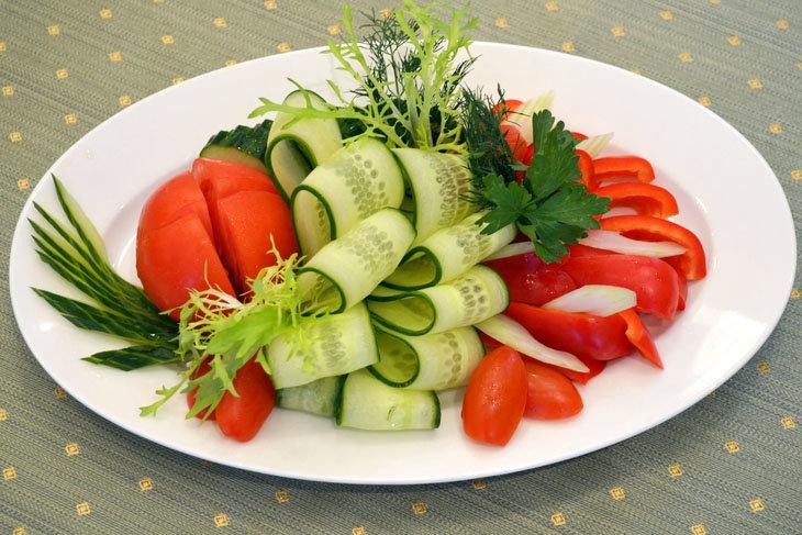 настолько едкий, как красиво уложить овощи на тарелку фото ещё один способ