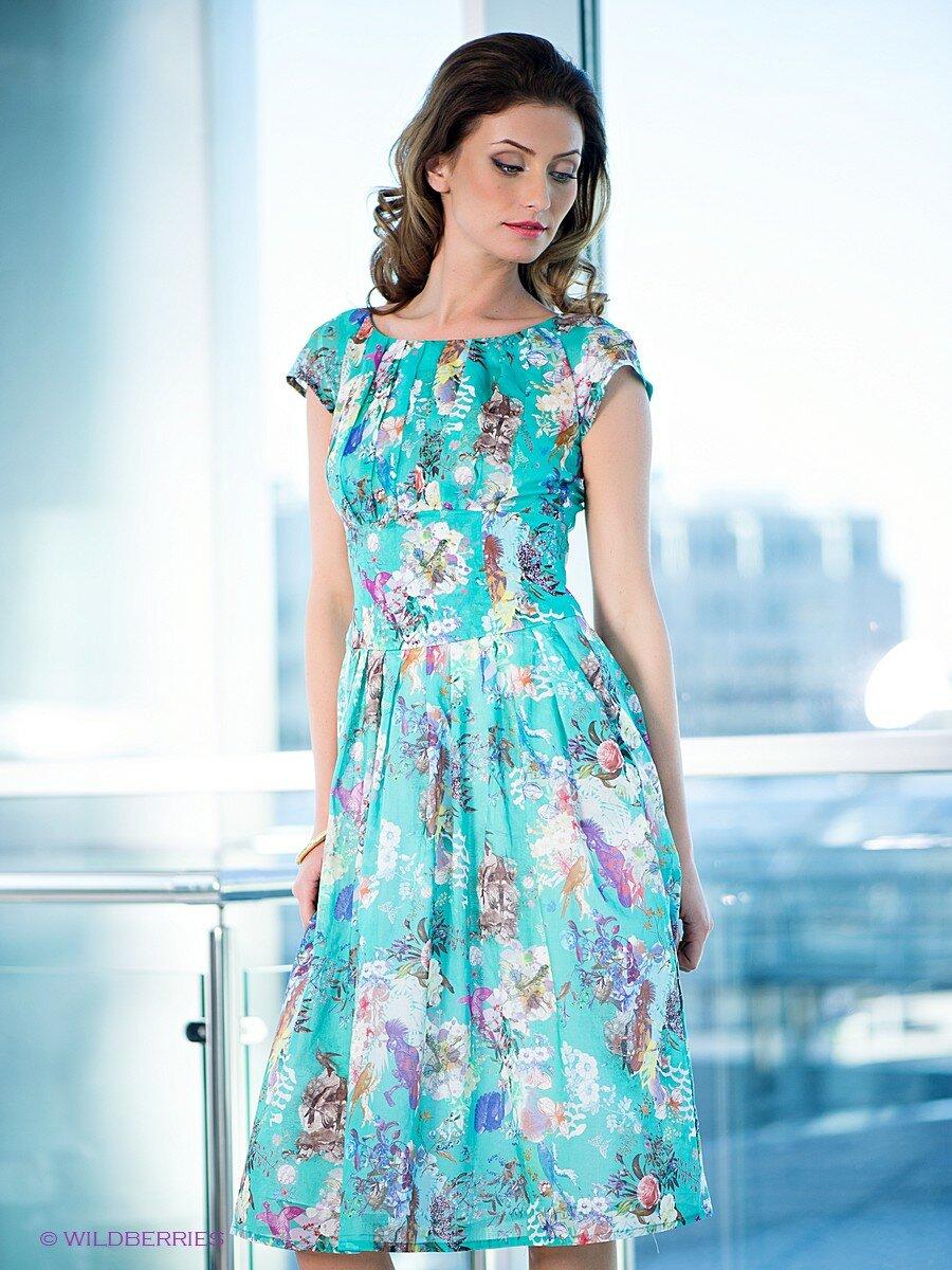даю картинки женских летних платьев пилон подиумом