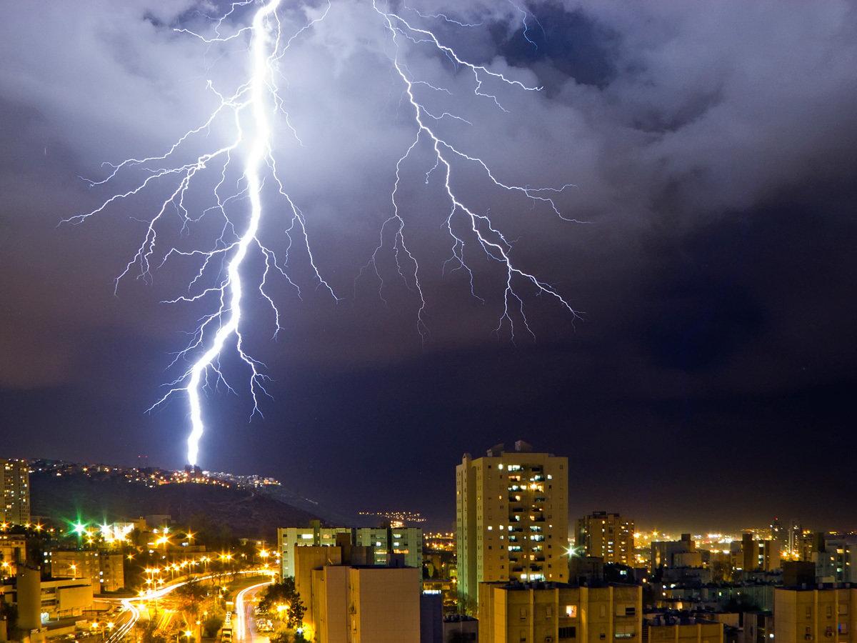 информацию картинки стихия молния несколько раз они