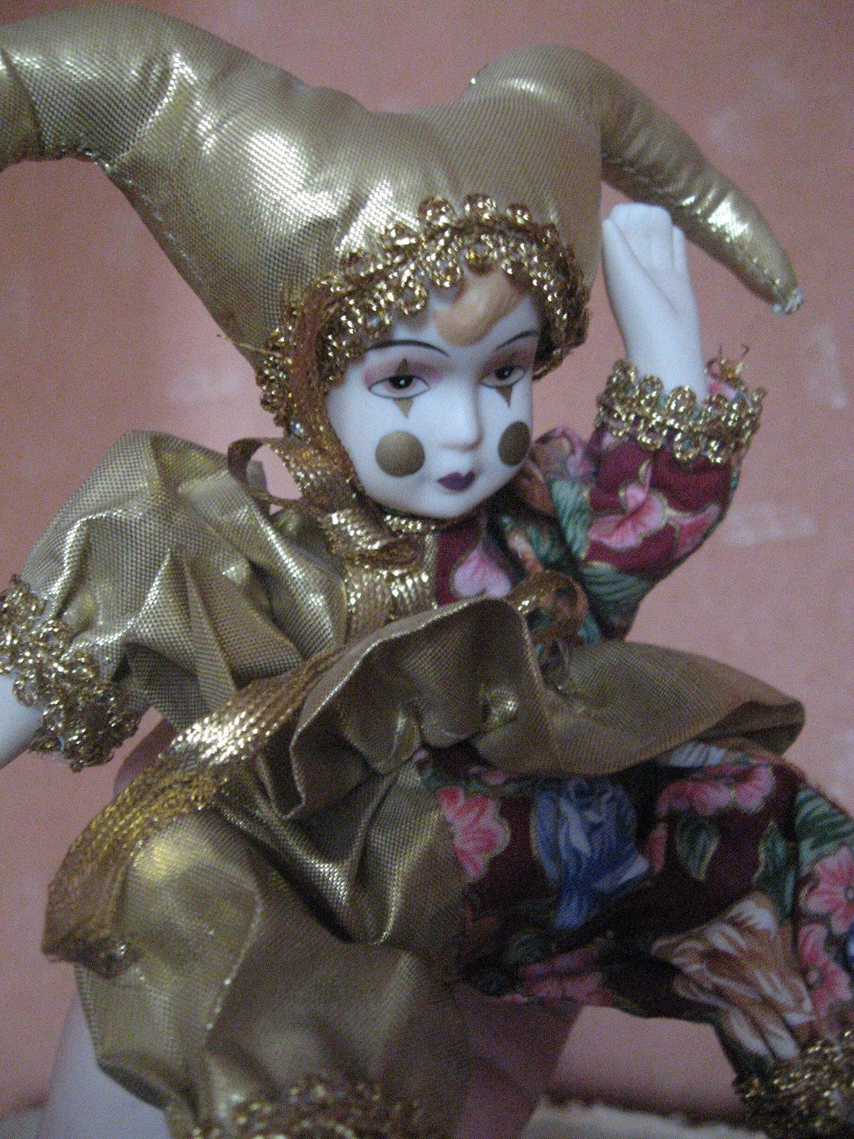 сожалению, ввиду картинки арлекин кукла все творения совсем