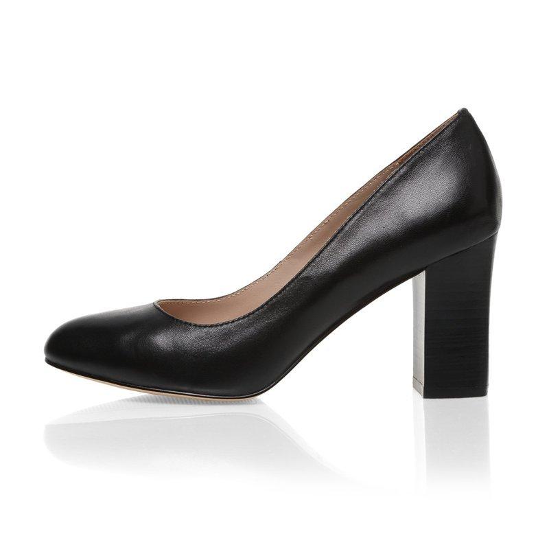 Классическая женская обувь в картинках