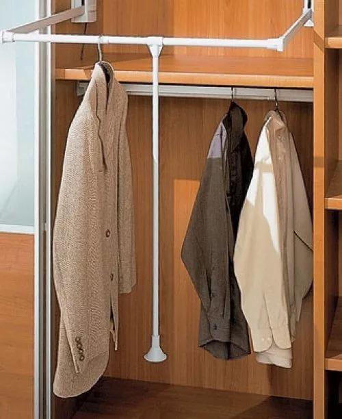 фото вешалок для одежды во встроенных шкафах коротком каре косая