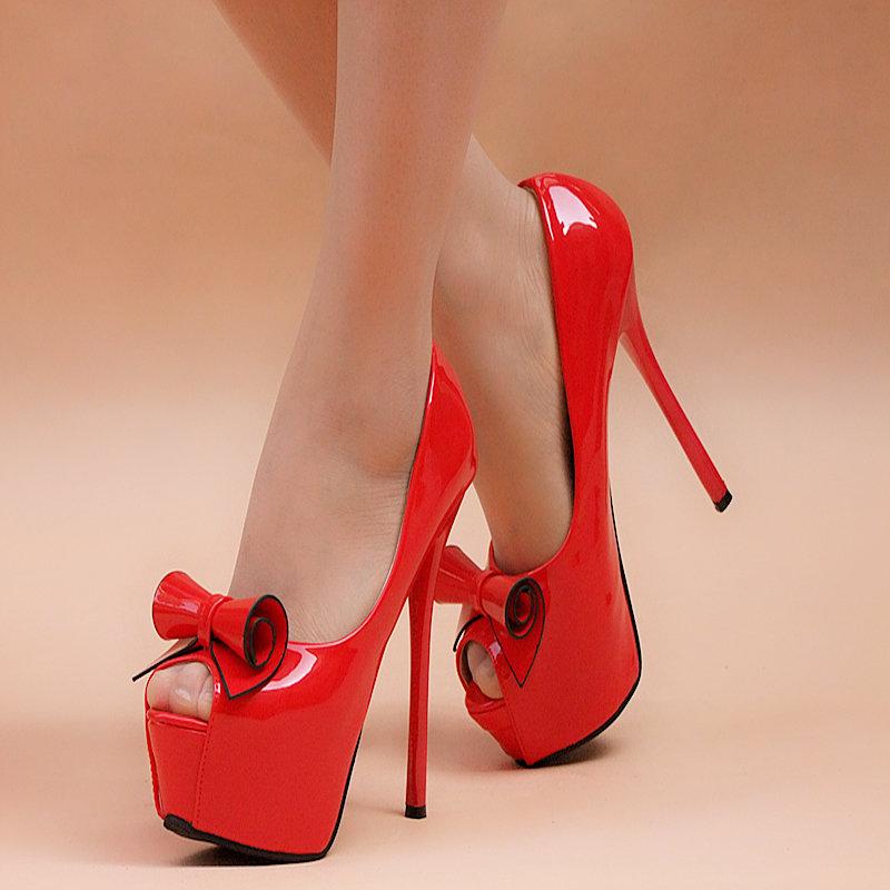 Картинки с туфлями на больших каблуках