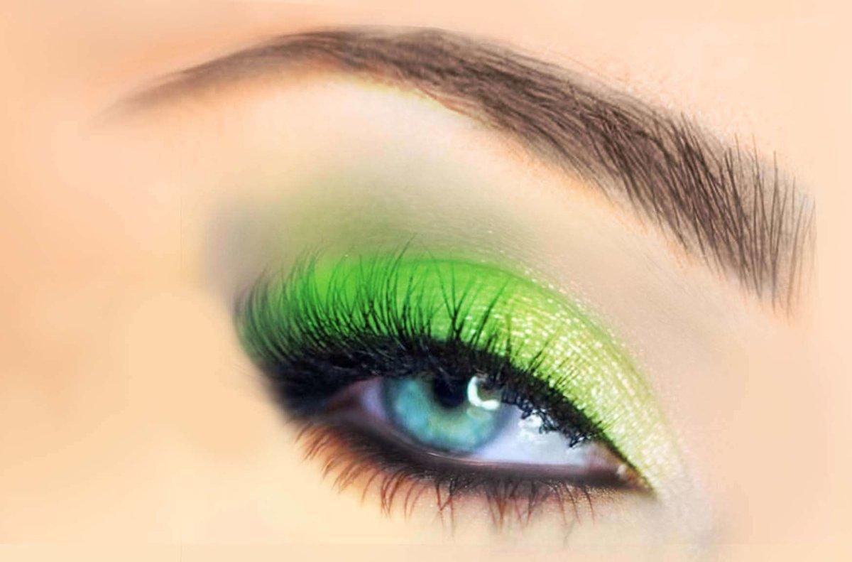 ярко зеленые глаза фото цвет морской волны самодельная