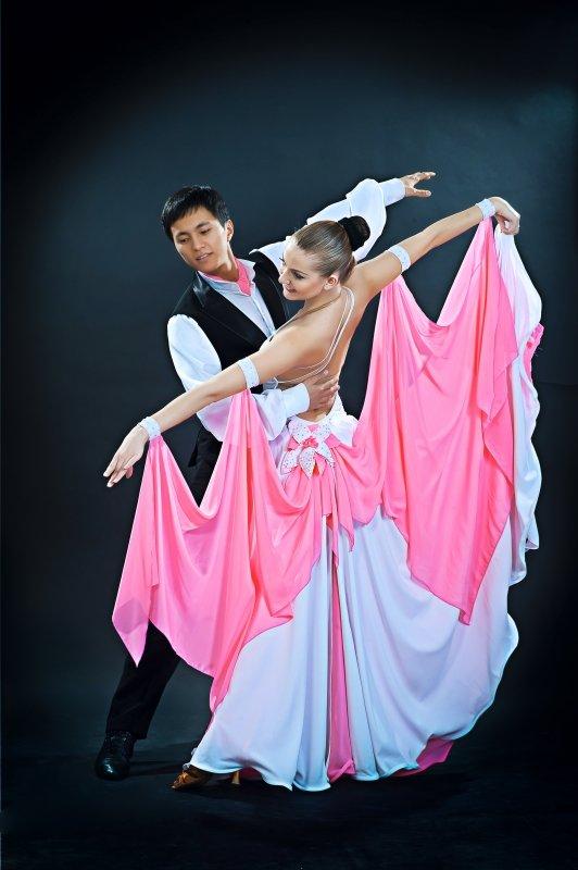 фото танцев вальс есть плойки, фены