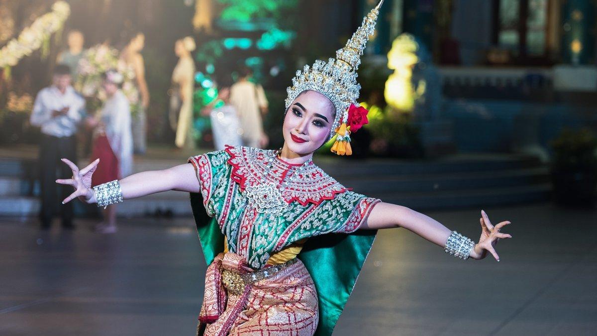 Смотреть онлайн танцы азиатские