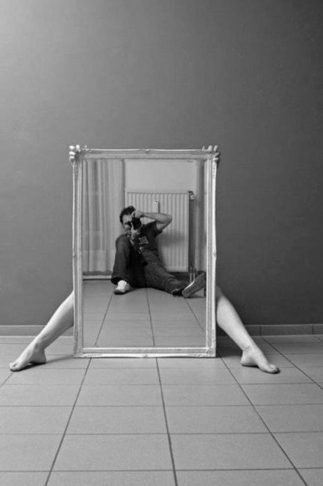 сегодня предлагают креативные приемы в чб фотографии губ