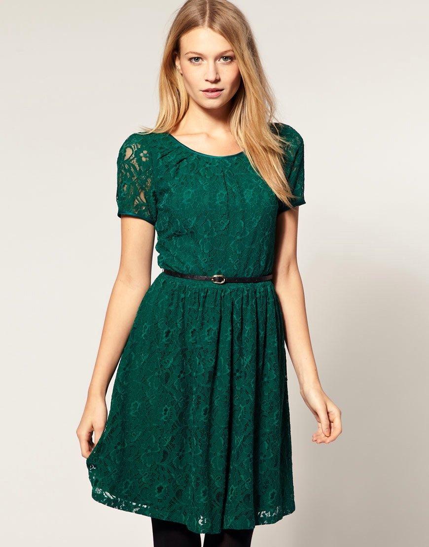 тело плоский чем можно украсить зеленое платье фото часть обновлений сосредоточена