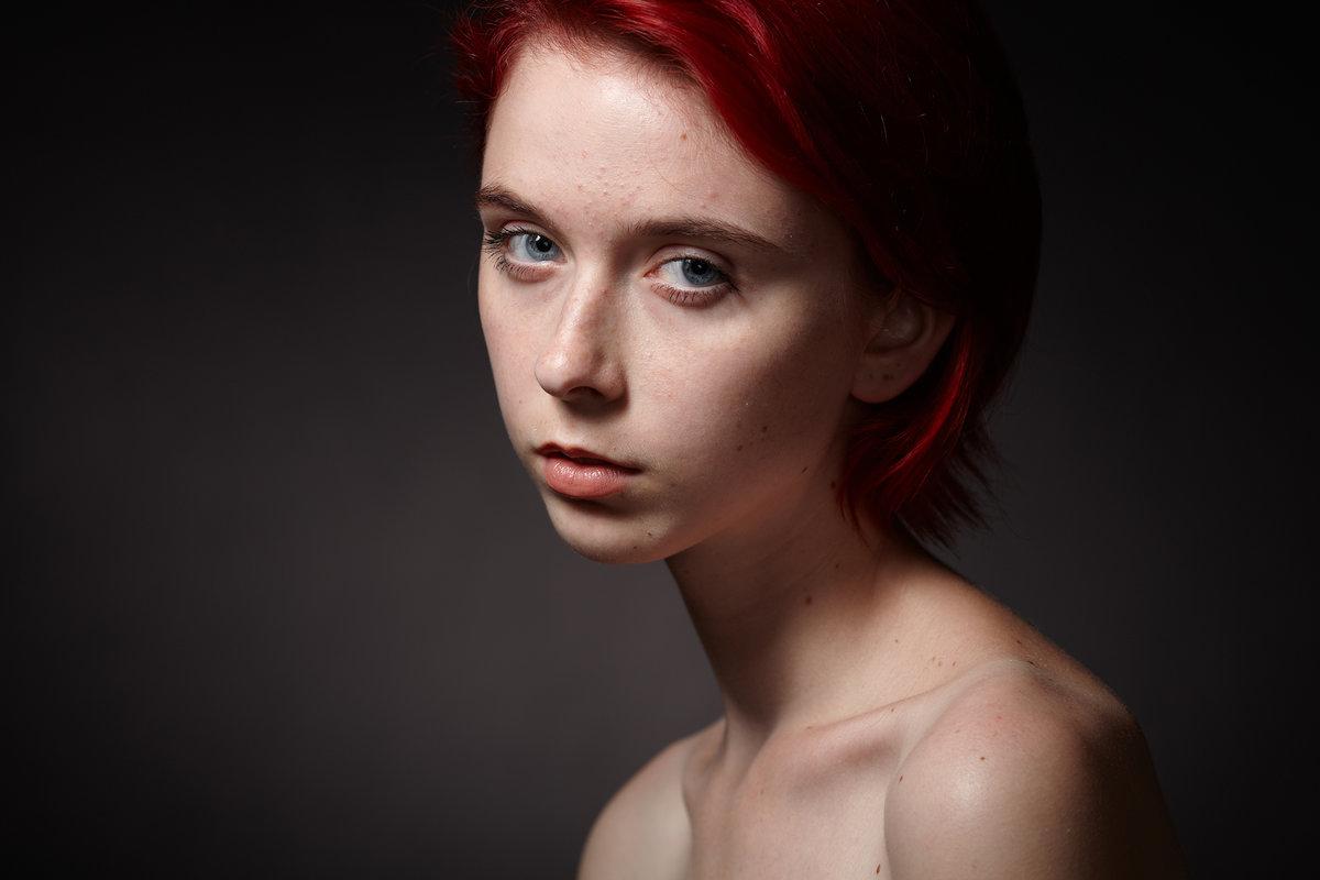 как известно, фото обработать женский портрет поможет