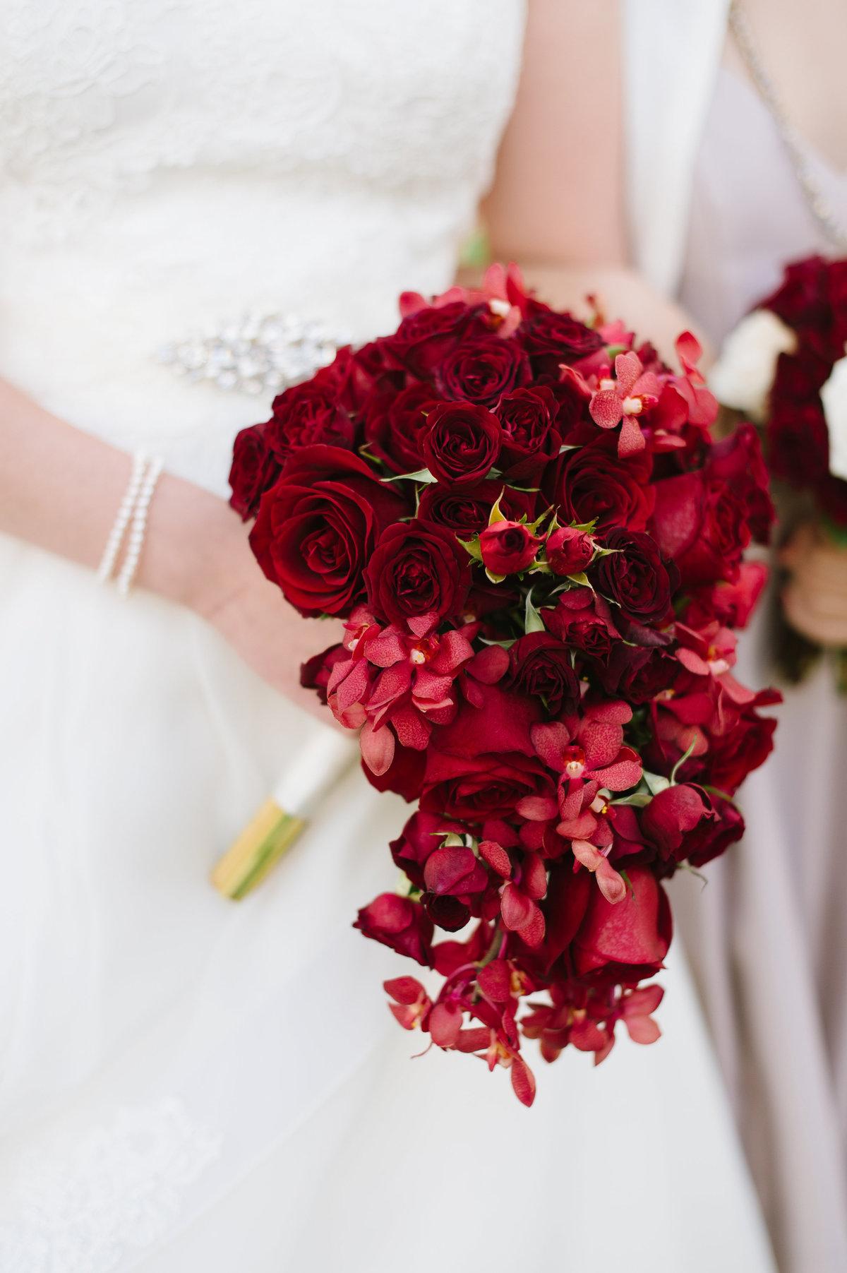 Букет для невесты 10 в бордовом цвете, для растений интернет
