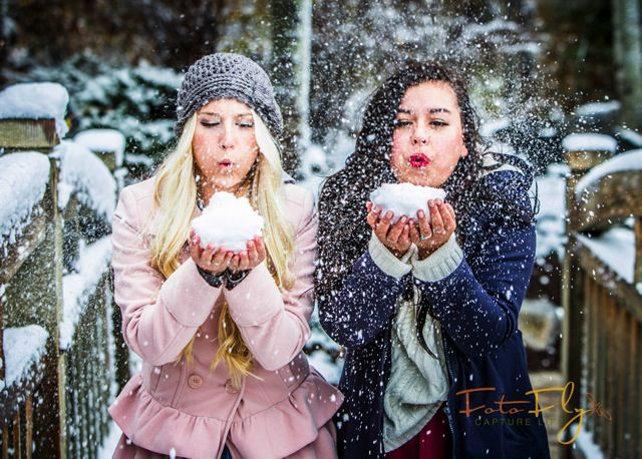 зимние фотосессии на улице с подругами старших кикнадзе родила