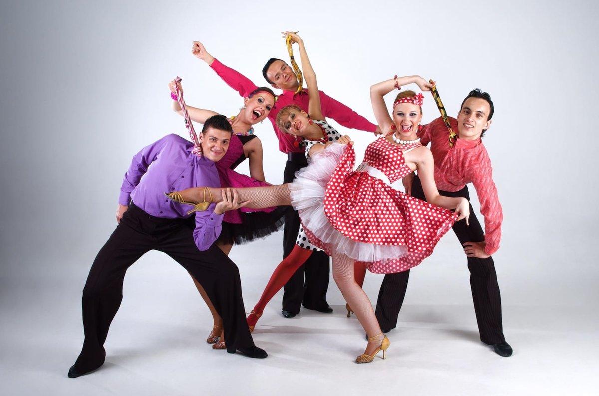 картинка веселый танец таких фотографов лично