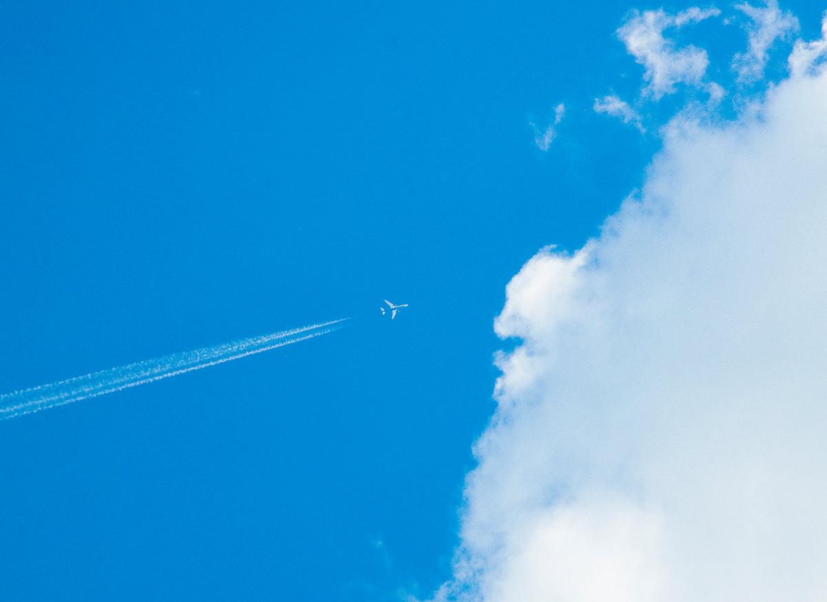 Картинка след самолета