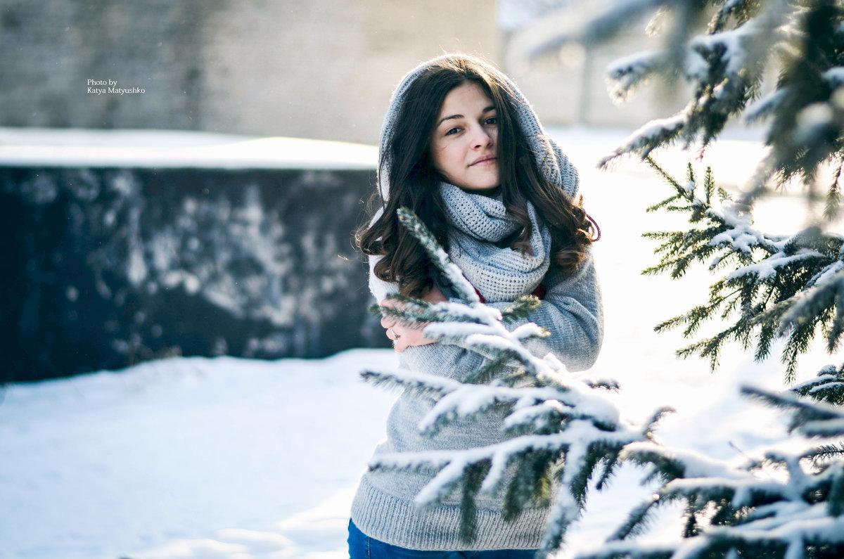 Фото зимней фотосессии девушек
