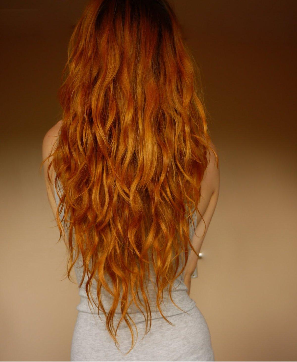 Красивые рыжие волосы вид со спины фото