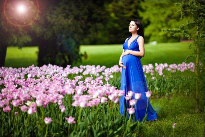 На природе с мамочкой