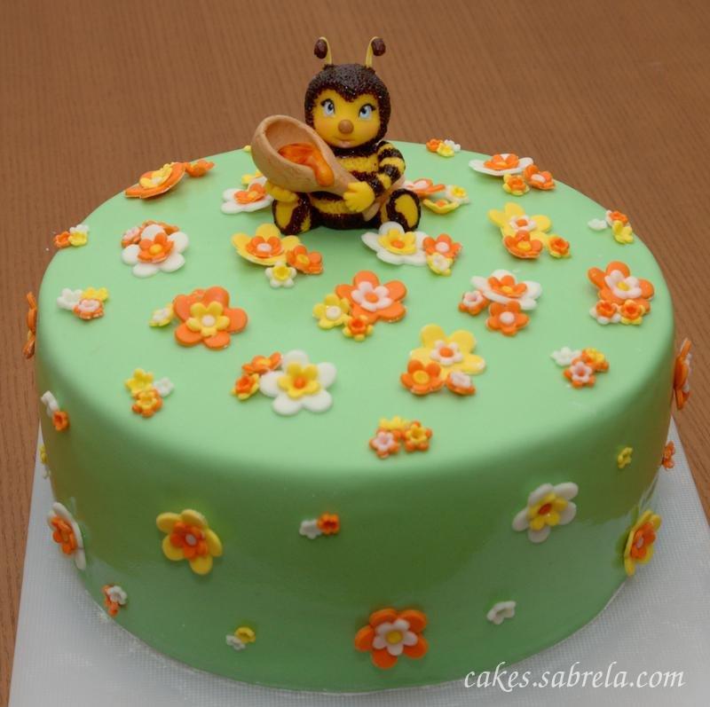 Смотреть фото пчеловода из мастики