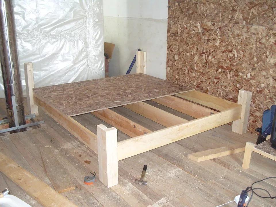 как сделать двуспальную кровать своими руками фото простой обработке