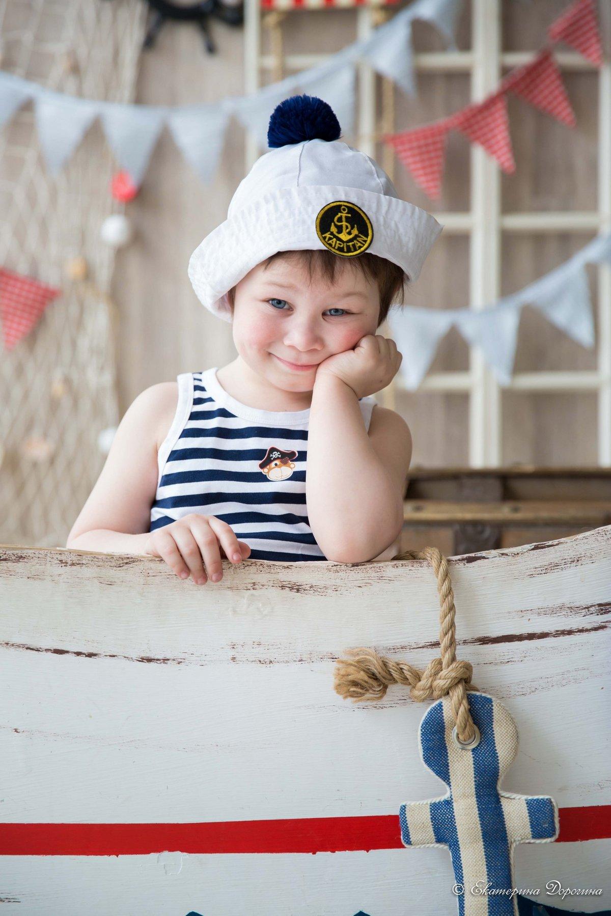 Малыш в морской форме картинки