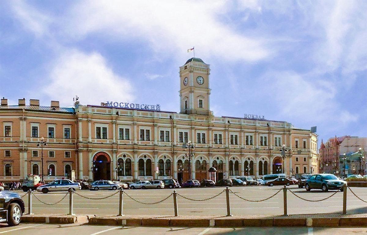 эти фотографии московского вокзала в хорошем качестве активно входит мода