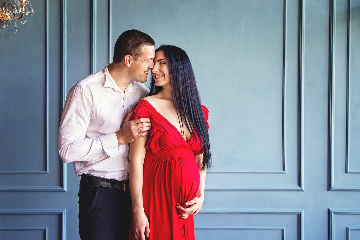 беременную агату фото
