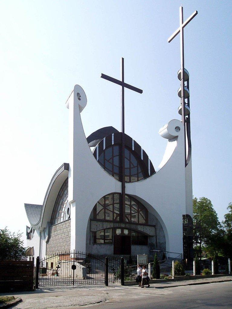 католическая церковь фото