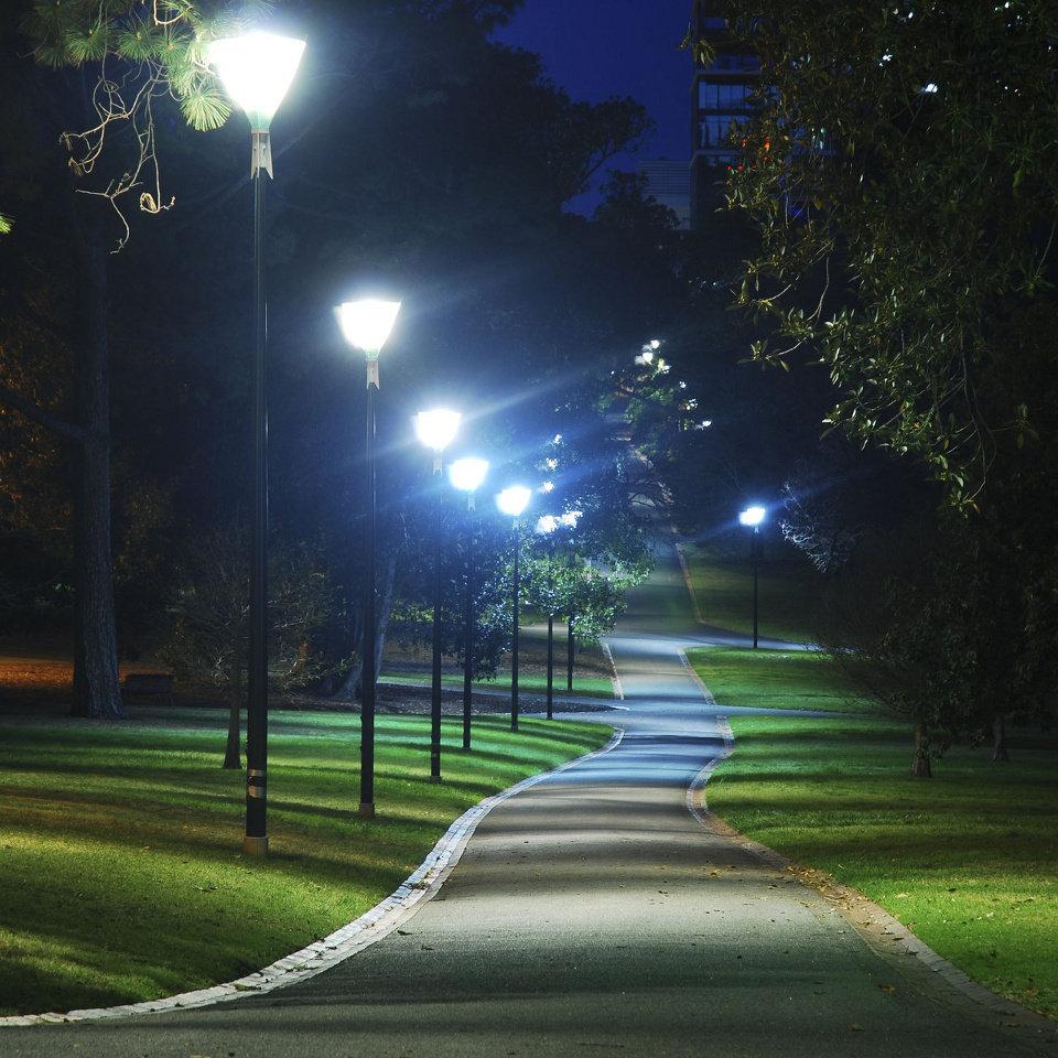 Картинки бульвара с фонарями