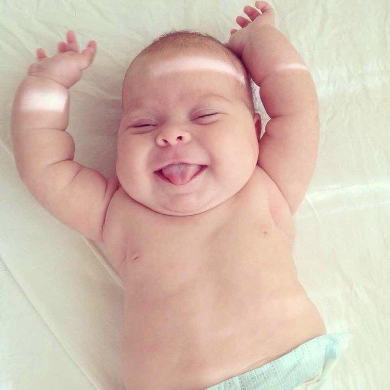 научит фото с надписью малыш проснулся и покорил весь мир незнакомцам легко
