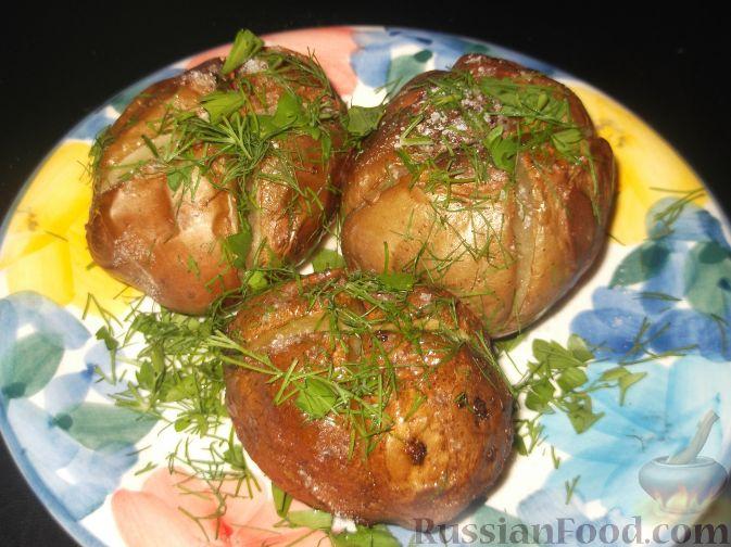 запеченный в духовке картофель рецепт с фото